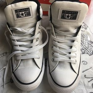 Converse all🌟 star  shoes 👟 size 8